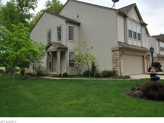 267 Preston Ln, Broadview Heights, OH 44147