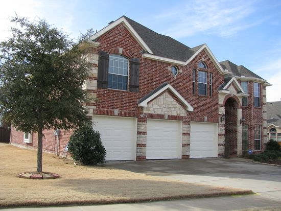 1312 Indian Lake Trl, Corinth, TX 76210