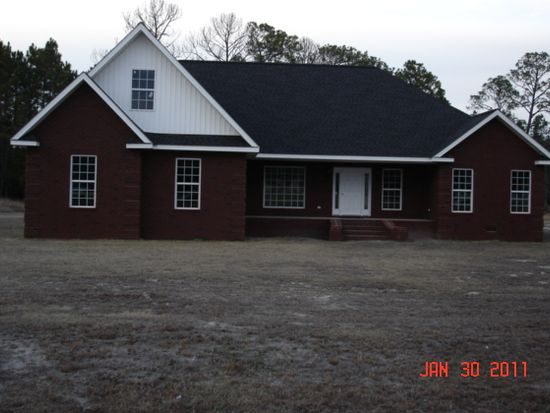 2701 Sandpebble Dr, Blackshear, GA 31516