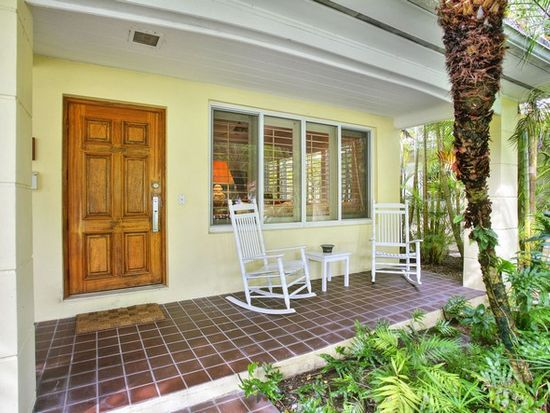 1225 Algardi Ave, Coral Gables, FL 33146