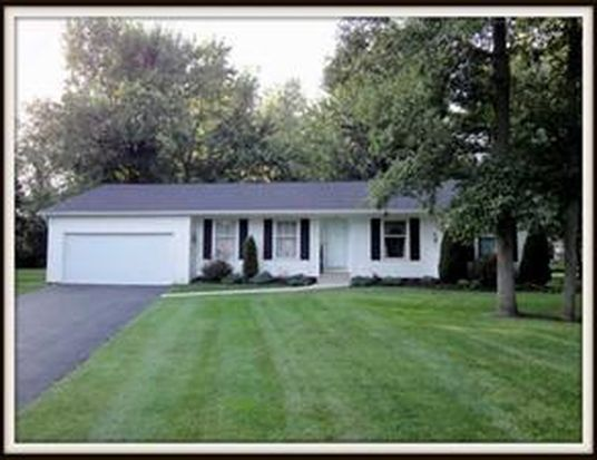 47 Old Hempstead Ct, East Amherst, NY 14051