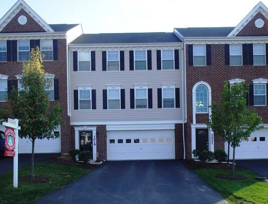 1019 Bayberry Dr, Canonsburg, PA 15317