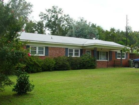 61 Colonial Dr, Barnwell, SC 29812