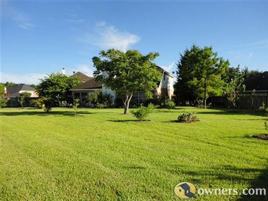 824 Oak Lodge Ct, League City, TX 77573