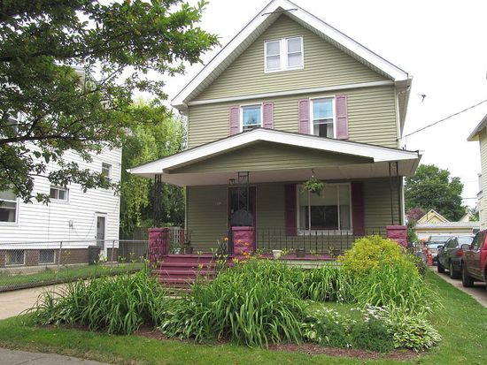 8012 Wentworth Ave, Cleveland, OH 44102