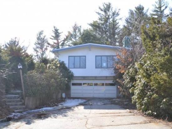 81 New Boston Rd, Bedford, NH 03110