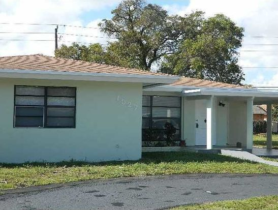 1527 NW 7th Ter, Fort Lauderdale, FL 33311