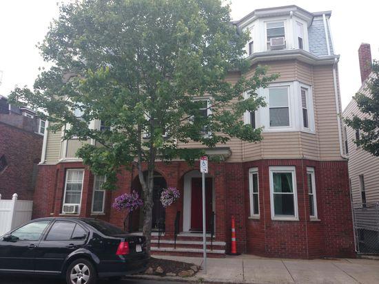 606 E 8th St, South Boston, MA 02127