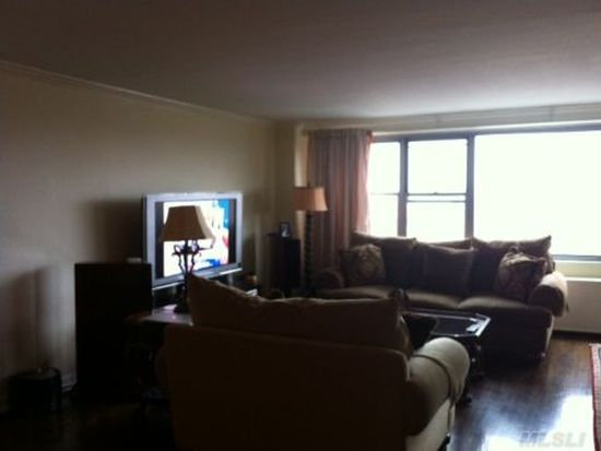 6120 Grand Central Pkwy APT B1403, Forest Hills, NY 11375