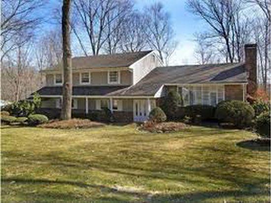 21 Holmehill Ln, Roseland, NJ 07068