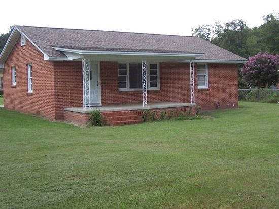416 16th St E, Tifton, GA 31794