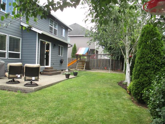 1402 NE 18th Pl, Canby, OR 97013