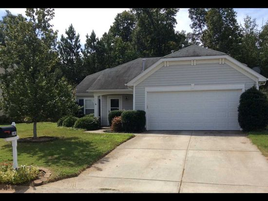 141 Stonewood Crossing Dr, Boiling Springs, SC 29316