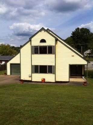 11 James St, Elkview, WV 25071