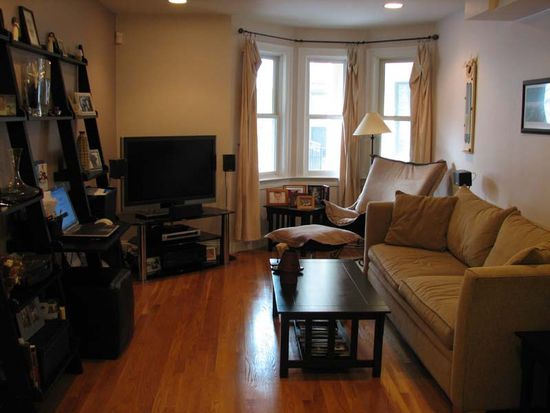 2 Lee Hill Rd APT 2, Boston, MA 02131