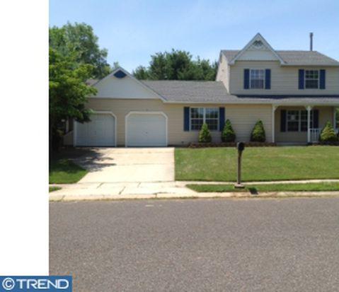14 Berwick Ln, Sicklerville, NJ 08081