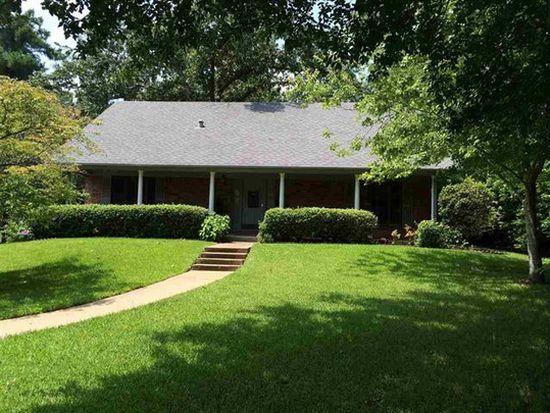 3108 Rockbrook Dr, Kilgore, TX 75662