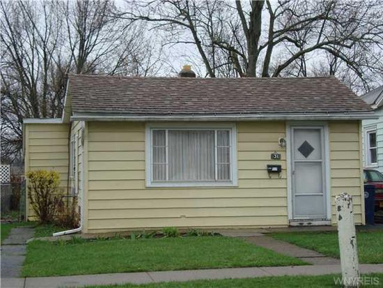31 Price St, Lockport, NY 14094