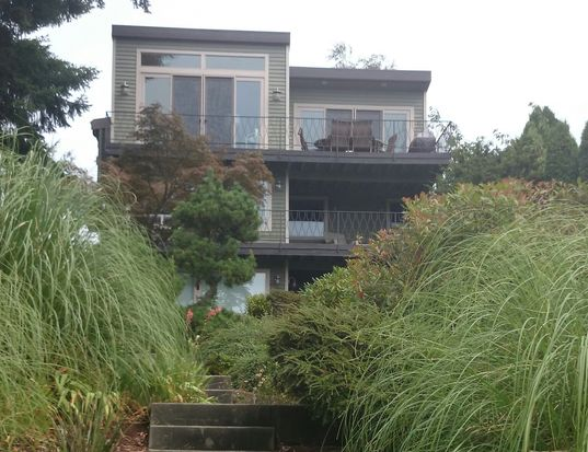 8416 41st Ave SW, Seattle, WA 98136