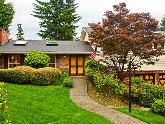 6020 94th Ave SE, Mercer Island, WA 98040