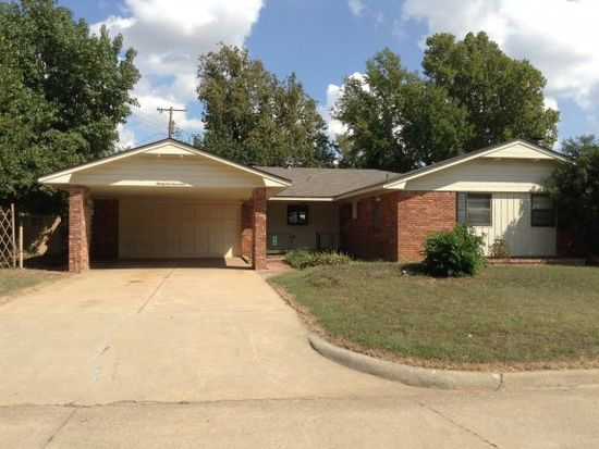 2517 Chateau Dr, Norman, OK 73069