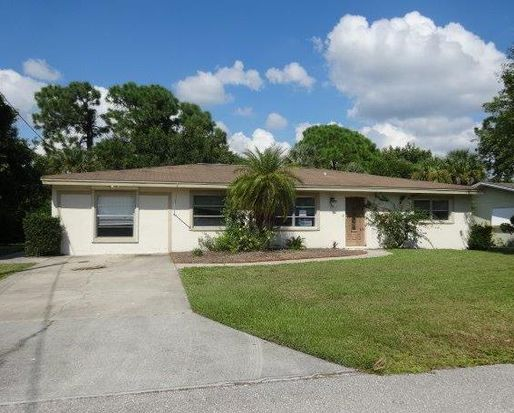 77 Cardinal Dr, North Fort Myers, FL 33917