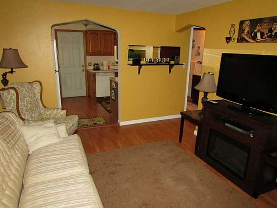 3800 Jane St, West Mifflin, PA 15122