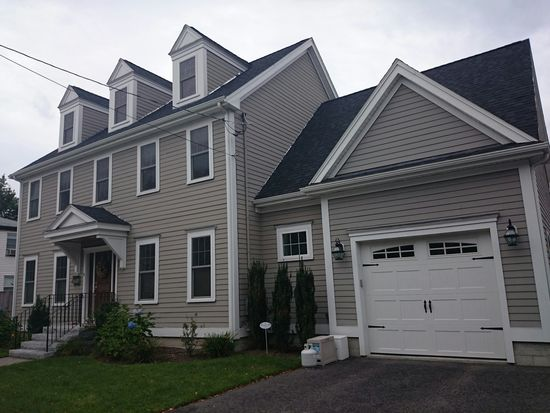 9 Paragon Rd, Boston, MA 02132
