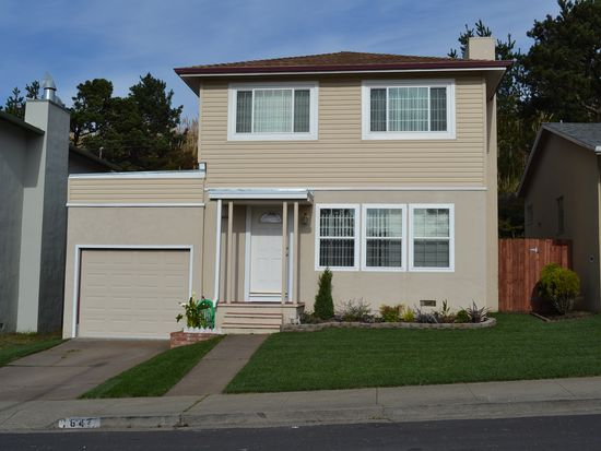 647 Foothill Dr, Pacifica, CA 94044