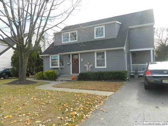 815 Woodcrest Dr, Spring Lake, NJ 07762