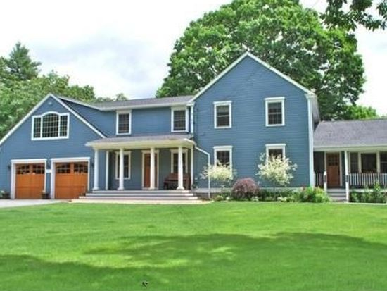 3 Blood St, Pepperell, MA 01463