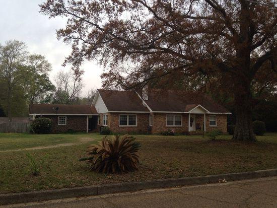 501 N Jackson St, Poplarville, MS 39470