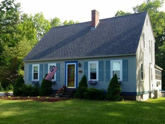 28 River Bend Rd, Newmarket, NH 03857