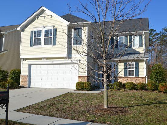 2433 Harwood Hills Ln, Charlotte, NC 28214