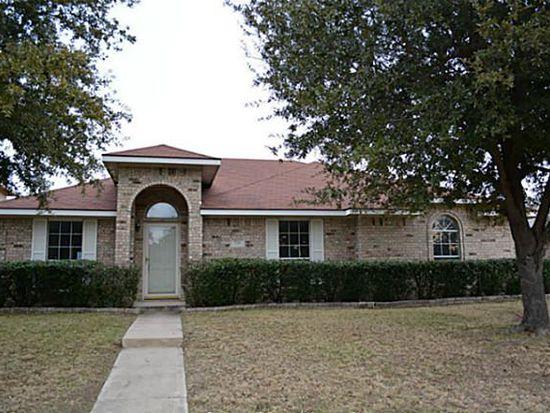 721 Deloach Dr, Cedar Hill, TX 75104