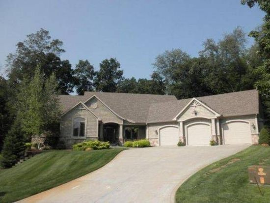 13429 Wooded Knoll Trl, Middlebury, IN 46540