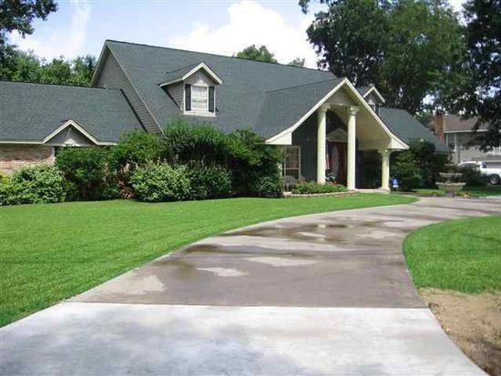 4400 Taft Ave, Groves, TX 77619
