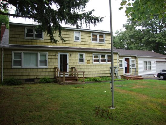 342 Miller Place Rd, Miller Place, NY 11764