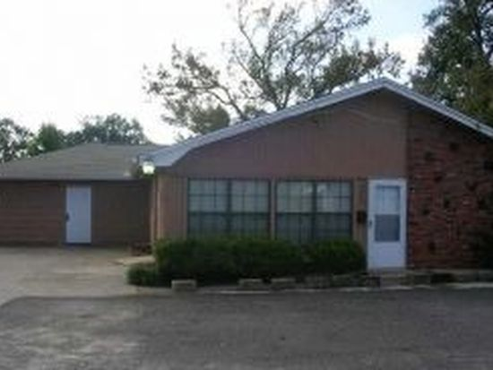 4555 Main Ave, Groves, TX 77619