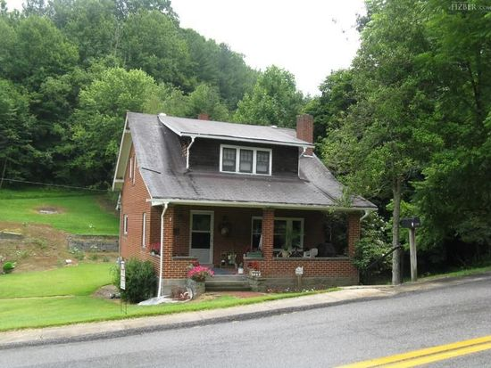129 Bluestone Ave, Freeman, WV 24724