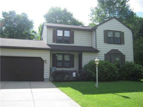 1555 Davis Rd, West Falls, NY 14170