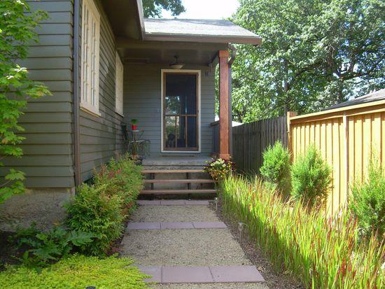2728 SE Pine Ln, Milwaukie, OR 97267