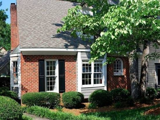 1306 Hampshire Ct, Raleigh, NC 27612