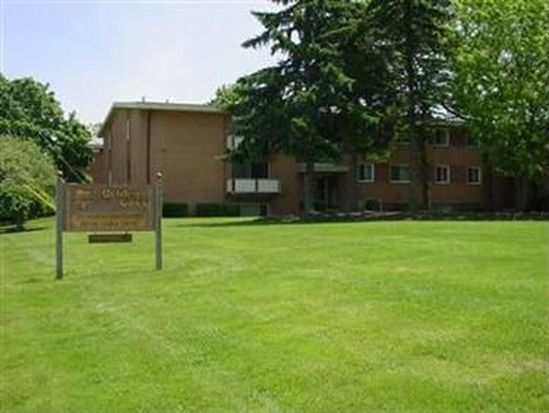 22071 River Oaks Dr APT A9, Rocky River, OH 44116