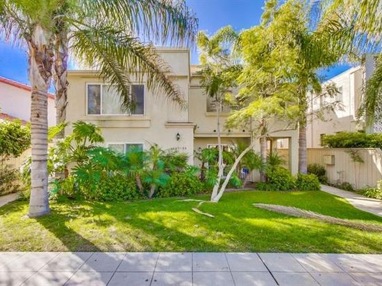 1853 Hornblend St, San Diego, CA 92109