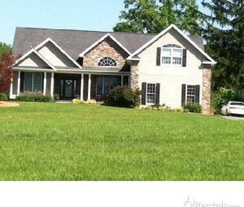 162 Wilson Rd, Fairview, NC 28730