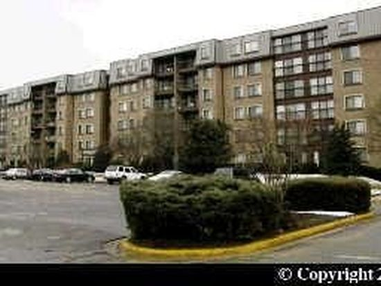 2817 Jermantown Rd APT 108, Oakton, VA 22124