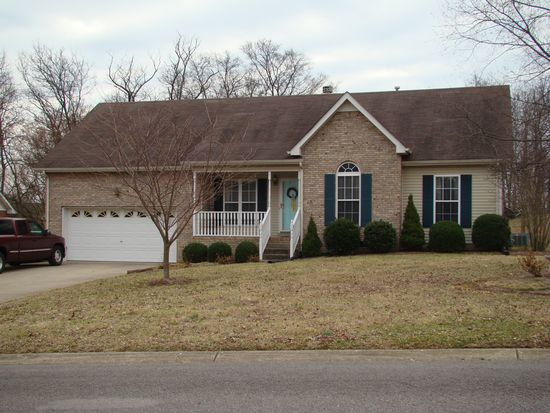 119 E Braxton Ln, Hendersonville, TN 37075