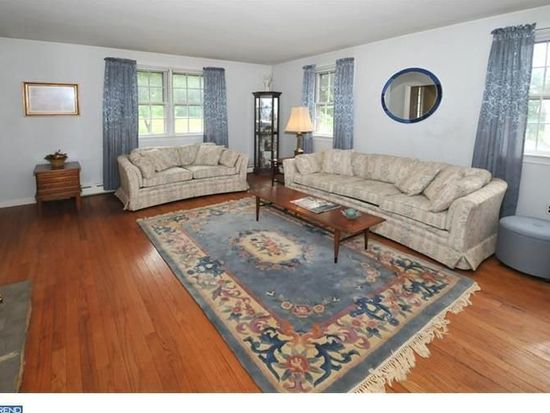 3329 Arcola Rd, Collegeville, PA 19426