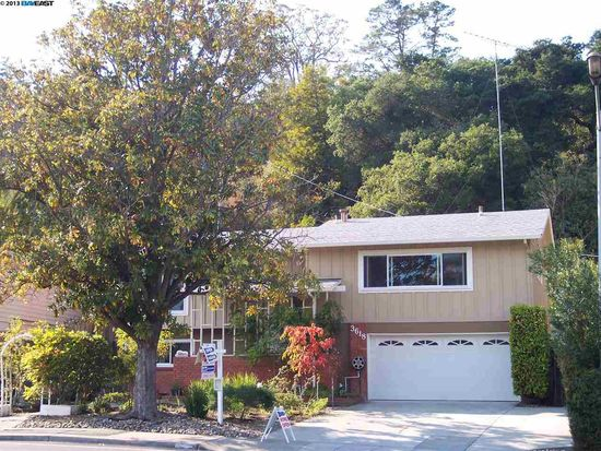 3618 Farm Hill Blvd, Redwood City, CA 94061